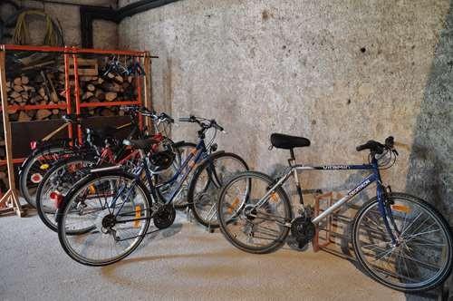 Des vélos bien rangés